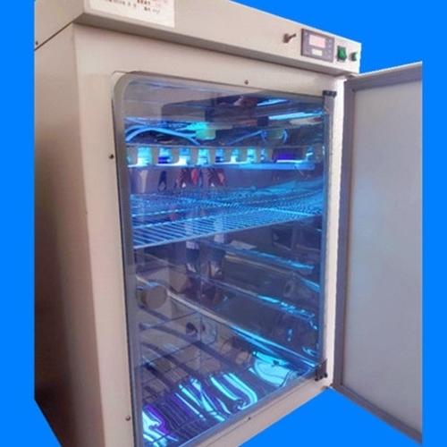 紫外恒温老化箱