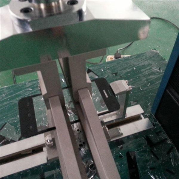 微机控制三点/四点弯曲试验机