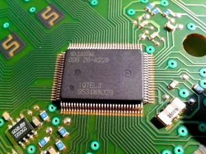为温度传感器芯片贴上国产标签